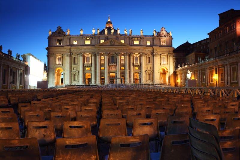 Musée de Vatican dans la basilique de la rue Peter et présidences photos libres de droits