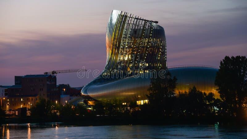 Download Musée De Vin De Bordeaux Près De Rivière De La Garonne, France Image stock éditorial - Image du europe, européen: 77150654