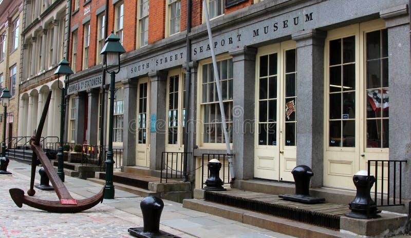 Musée du sud de port maritime de rue, New York images stock