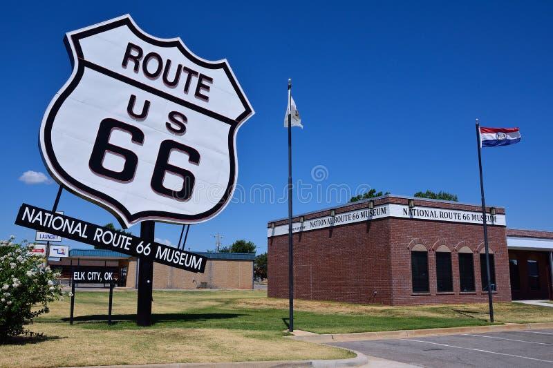 Musée national de Route 66 dans la ville d'élans, l'Oklahoma images stock