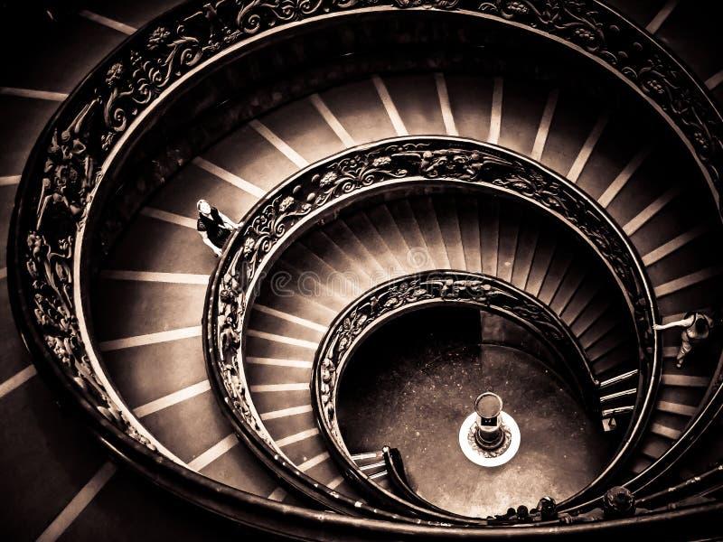 Musées de Vatican - escalier se développant en spirales de sortie photographie stock