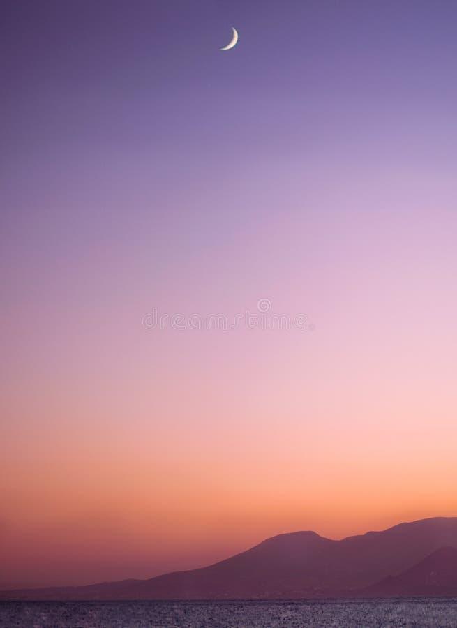 Musardez au coucher du soleil, Agios Prokopios Beach, Naxos, Grèce photos libres de droits