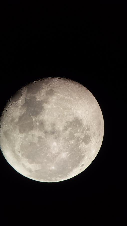 Musardez cependant le télescope 3 images stock