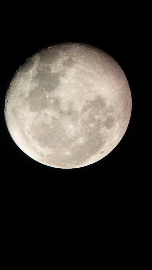 Musardez cependant le télescope 2 image stock