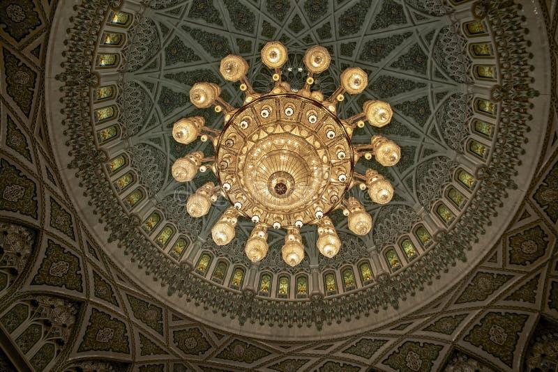 MUSCAT OMAN inredesign av Sultan Qaboos Grand Mosque I royaltyfria foton