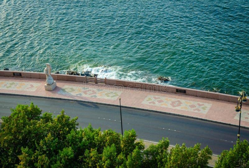Muscat sjösidaväg royaltyfri fotografi
