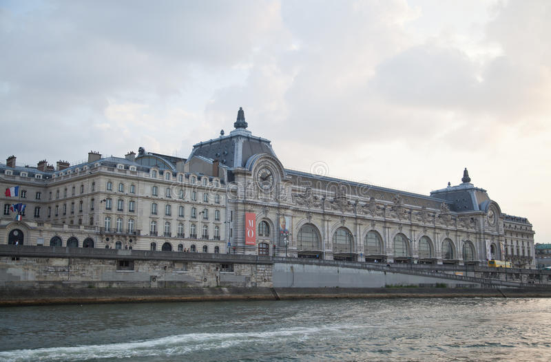 Musee d Orsay, River Seine, Paris, France stock photography