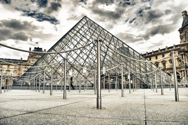 Musee du Louvre lizenzfreies stockfoto