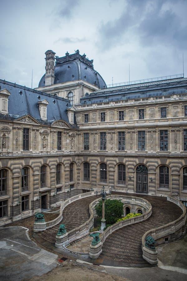 Musee du Louvre stockfotos