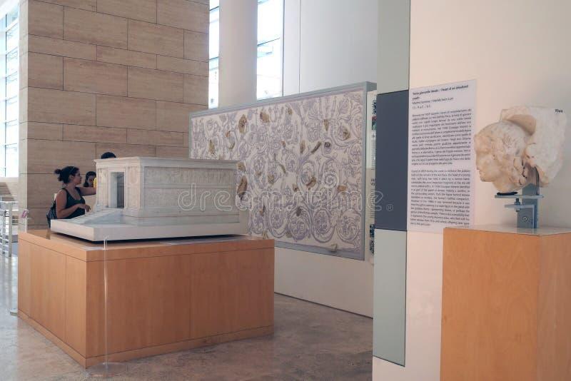 Museo de Ara Pacis en Roma, Italia fotos de archivo