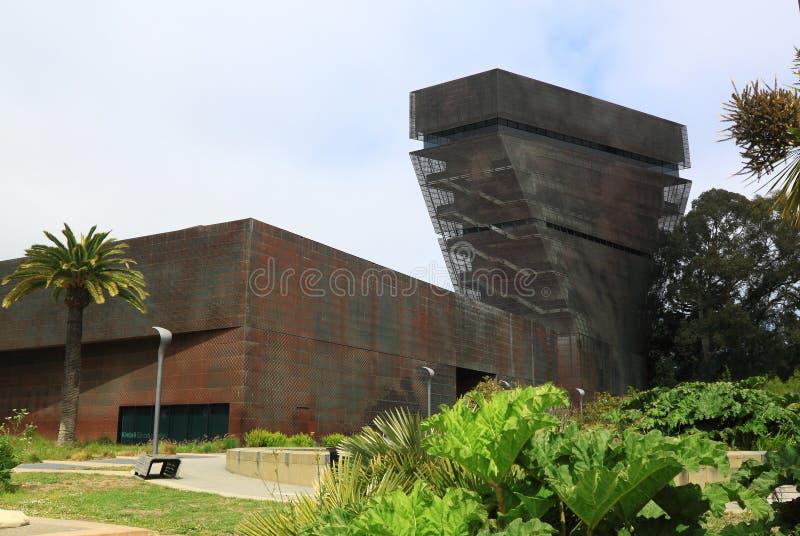 Download Museo De Bellas Arte De De Young Foto editorial - Imagen de golden, fine: 41911581