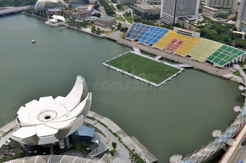 Museo de ciencia del arte de Singapur y estadio flotante imagenes de archivo