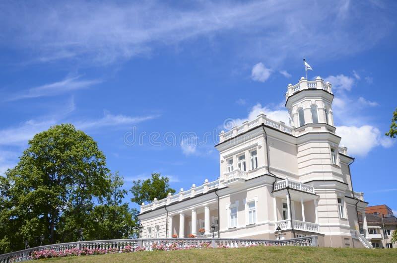 Museo de la ciudad en la ciudad de Druskininkai imagen de archivo