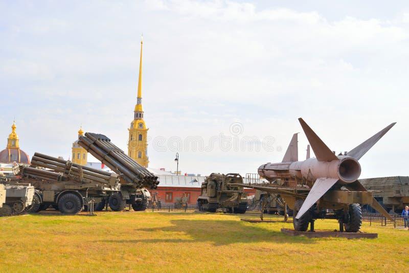 Museo de la exposición de la artillería foto de archivo