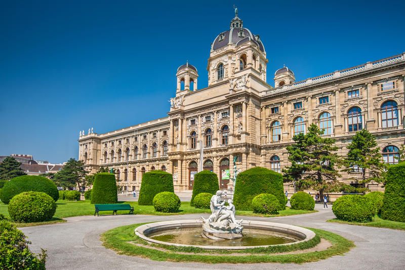 Museo de la historia natural en Viena, Austria imagen de archivo libre de regalías