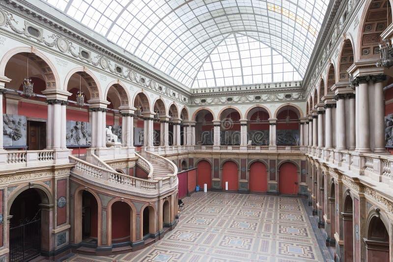 Museo del arte de St Petersburg y de la academia de la industria foto de archivo