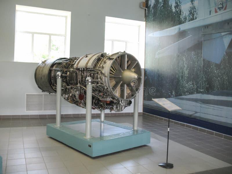 Museo della storia della costruzione del motore di aerei Motori di aerei sui supporti Motori a turbina e motori a combustione int immagini stock