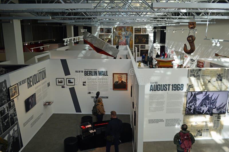 Museo della vista del pavimento di mostra - Praga di comunismo fotografie stock libere da diritti