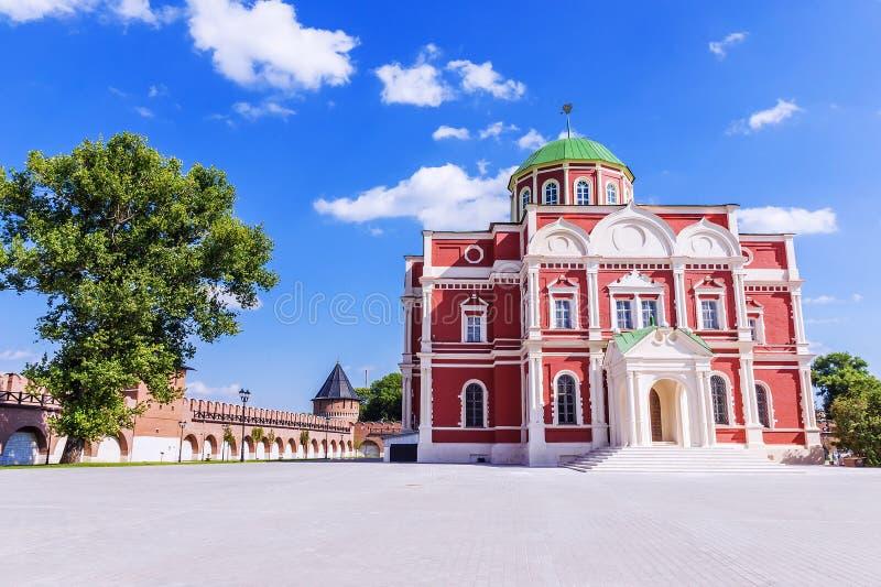 Museo delle armi sul territorio di Tula Kremlin, Russia fotografie stock libere da diritti