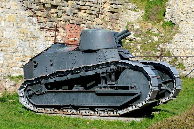 Museo militare rivoluzionario Serbia di Belgrado del carro armato leggero di Renault FT 17 del francese fotografia stock