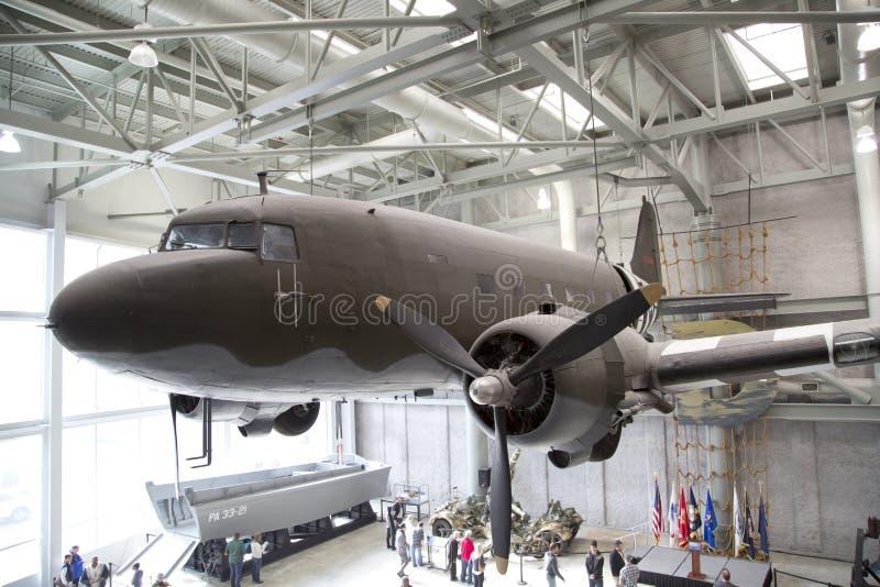 Museo nacional de WWII que visita imagen de archivo libre de regalías