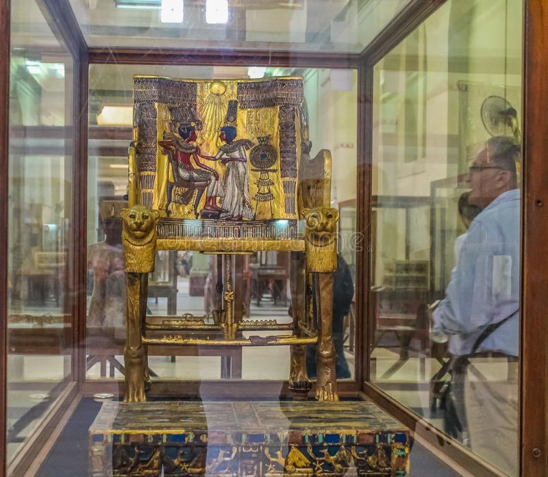 Museo nacional Expans de El Cairo dedicado a Egipto antiguo, a los Pharaohs, a las momias y a las pirámides egipcias fotografía de archivo libre de regalías