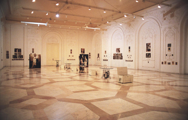 Museo Nazionale di arte contemporaneo a Bucarest fotografia stock libera da diritti