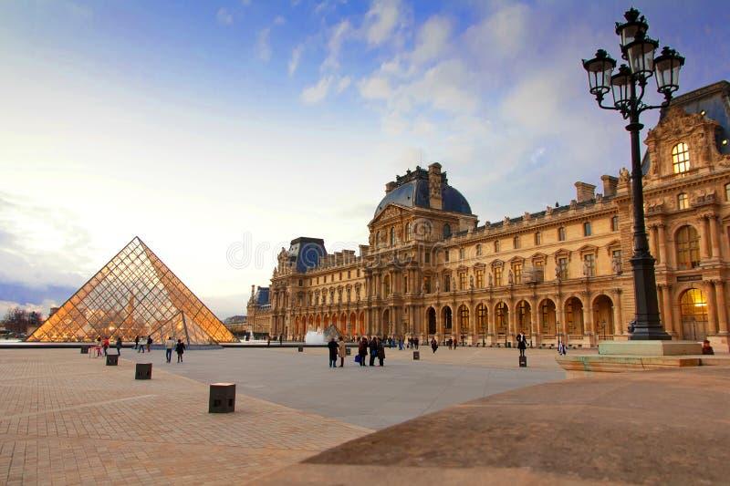 Museo Parigi del Louvre fotografie stock libere da diritti