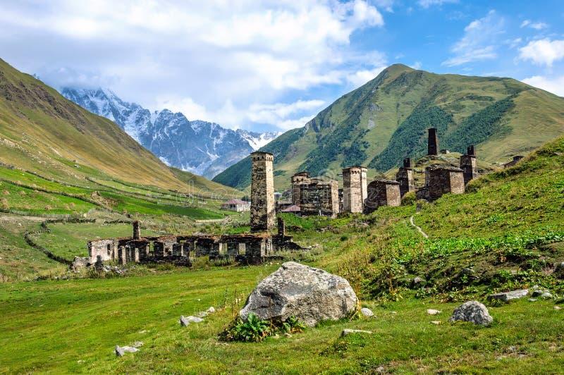 Museu da vila de Ushguli em Svaneti geórgia fotos de stock