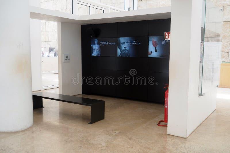 Museu de Ara Pacis em Roma, Itália fotos de stock royalty free