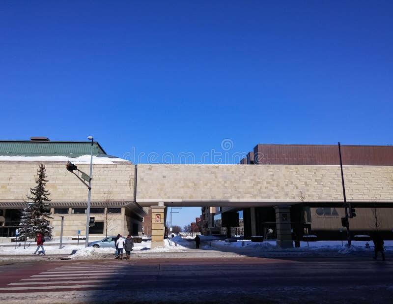 Museu de arte de Chazen, Madison do centro, Wisconsin com tempo do inverno fotografia de stock royalty free