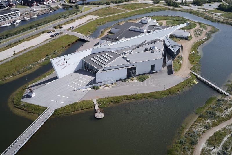 Museu de arte moderna, Dinamarca de Arken foto de stock