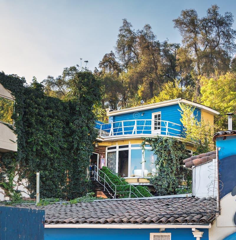 Museu de Chascona do La, a casa do poeta Pablo Neruda - Santiago, o Chile imagem de stock