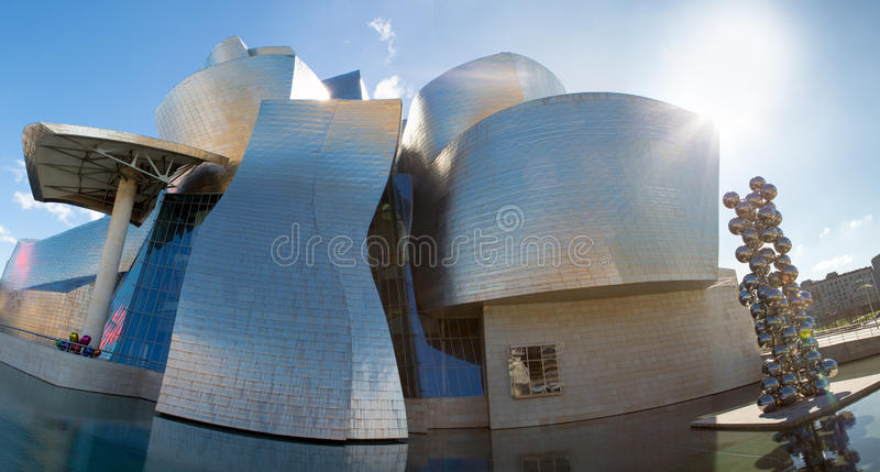 Museu de Guggenheim em Bilbao imagem de stock