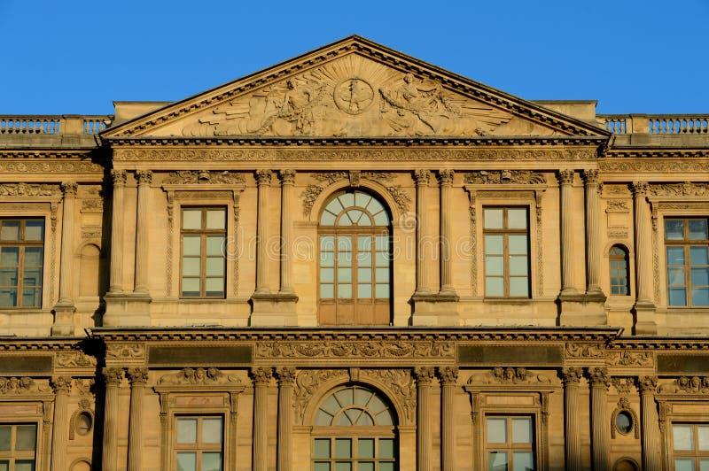 Museu de Le Louvre em Paris fotos de stock royalty free