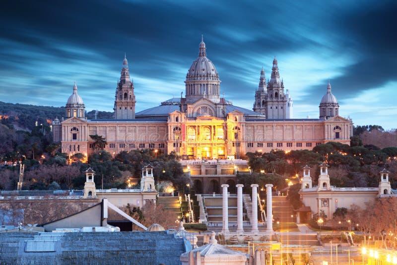 Museu de MNAC situado na área de Montjuic em Barcelona, Espanha imagem de stock