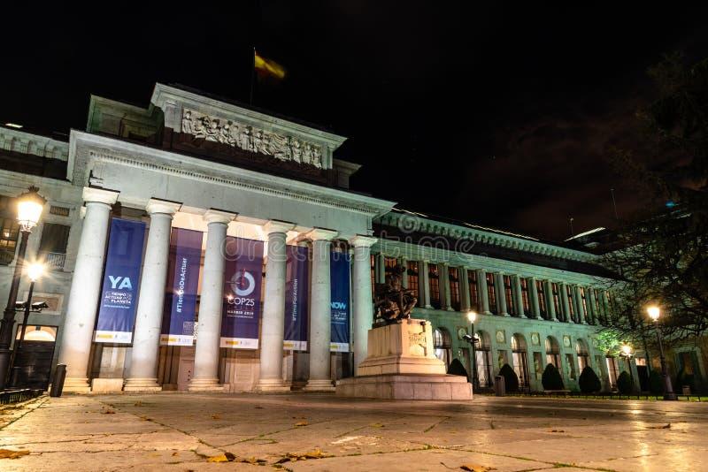 Museu del Prado, Madrid Visão noturna fotografia de stock