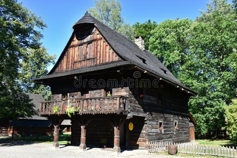 Museu do ar livre da vila de Wallachian imagens de stock royalty free