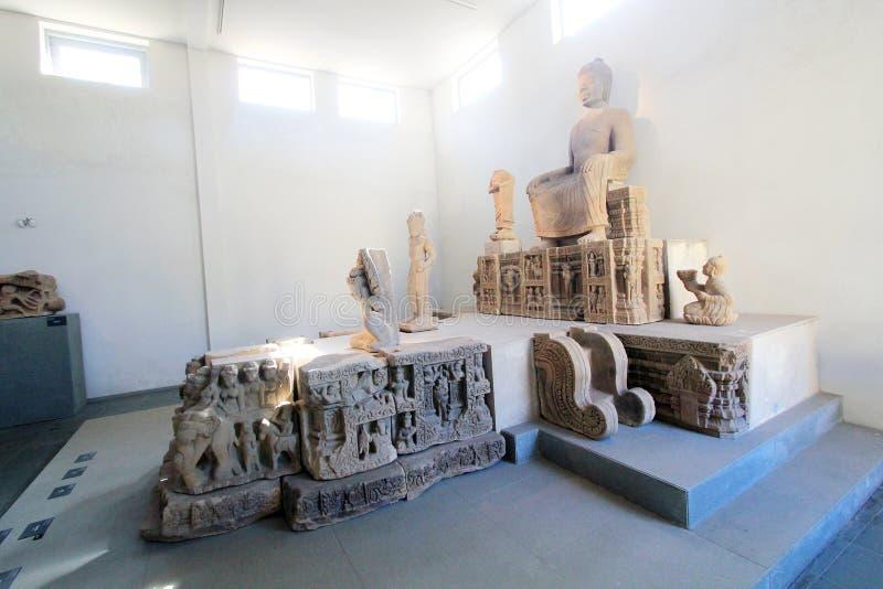 Museu do Da Nang da escultura do homem poderoso fotografia de stock