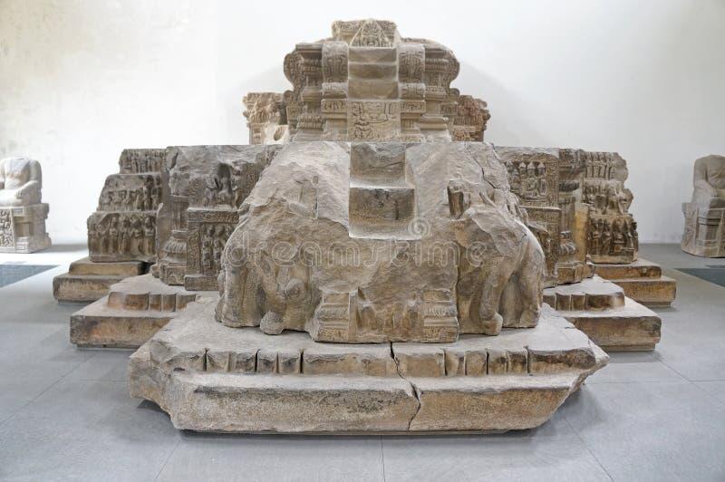 Museu do Da Nang da escultura do homem poderoso imagem de stock royalty free