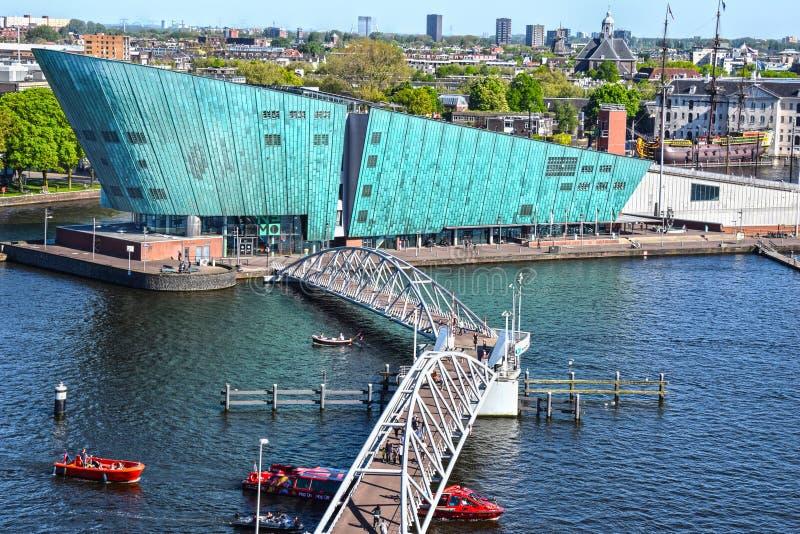Museu NEMO de Amsterdão, de ciência e de tecnologia foto de stock royalty free