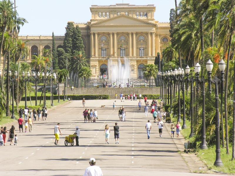 Download Museu Paulista redaktionelles stockfotografie. Bild von enthält - 47100017
