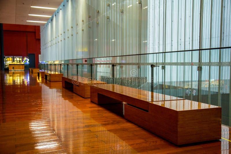 Museu provincial de Guangzhou em Guangdong para fornecer visitantes ao tamborete do resto imagens de stock royalty free
