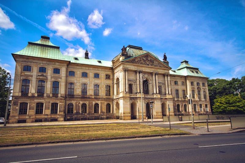 Museum av etnologi Dresden i den japanska slotten royaltyfria bilder