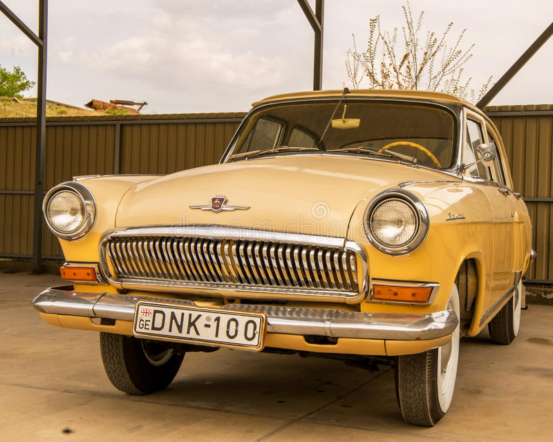 Museum av gamla sovjetiska bilar arkivfoton