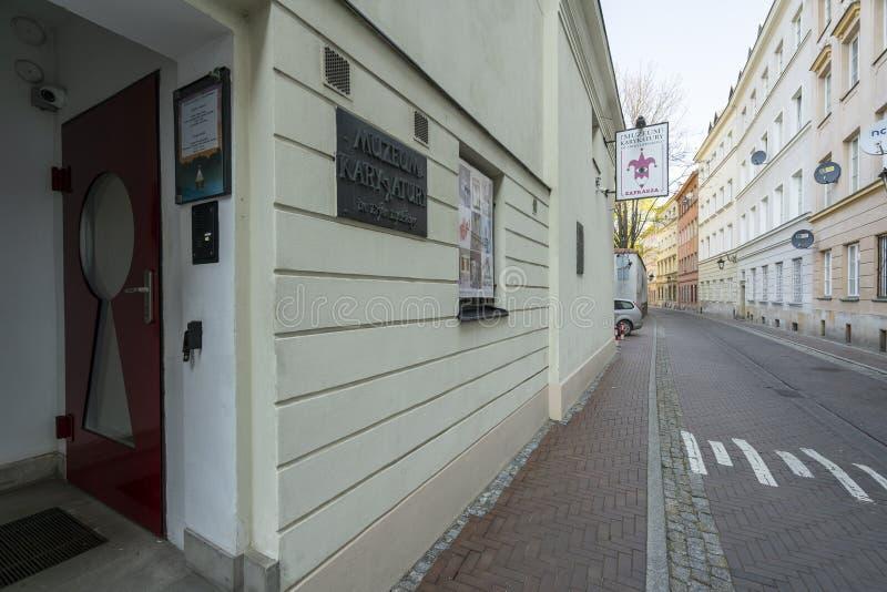 "Museum av karikatyr E LipiÅ ""skidar ingången i Warszawa royaltyfri fotografi"