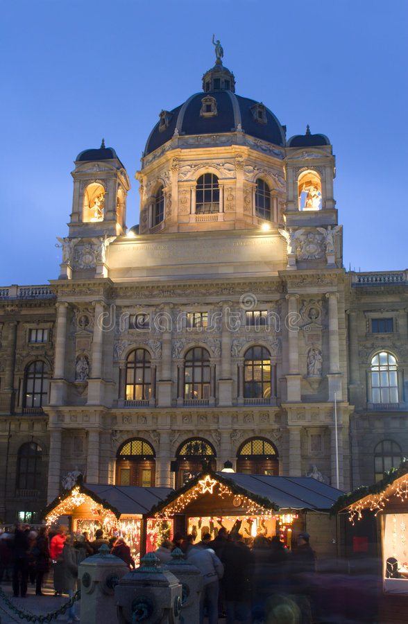 Download Museum And Christmas-market In Vienna Stock Image - Image: 3869627
