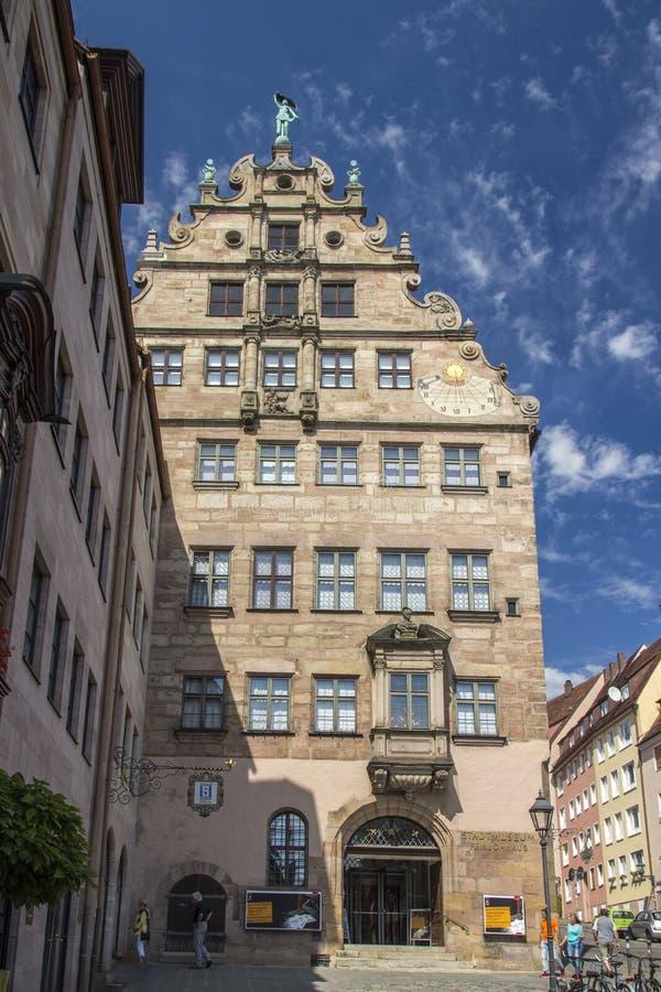 Museum för Fembo husstad av Nuremberg, Tyskland, 2015 royaltyfri fotografi
