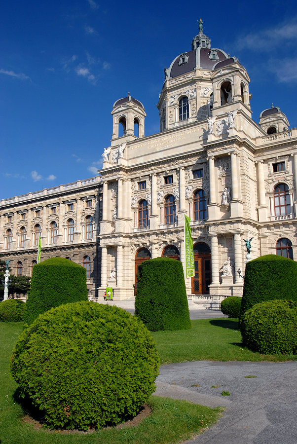 Download Museum Of Fine Arts - Vienna Stock Image - Image: 2576327