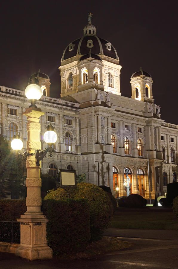 Download Museum Of Natural History In Vienna Stock Photo - Image: 27199086